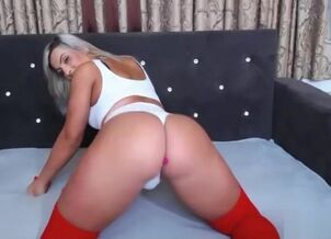 Blonde big ass tube