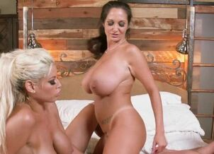 Angela white james deen