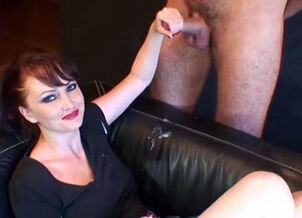 Amatuer handjob videos